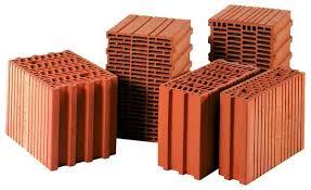 Переваги і недоліки будівництва будинку з керамічних блоків
